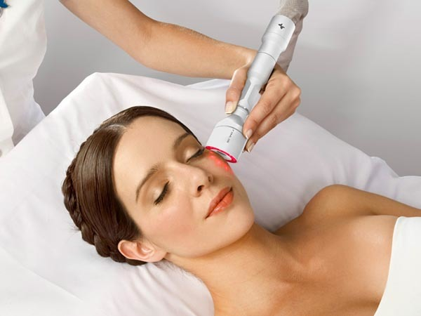 LED Light Therapy Facial $95